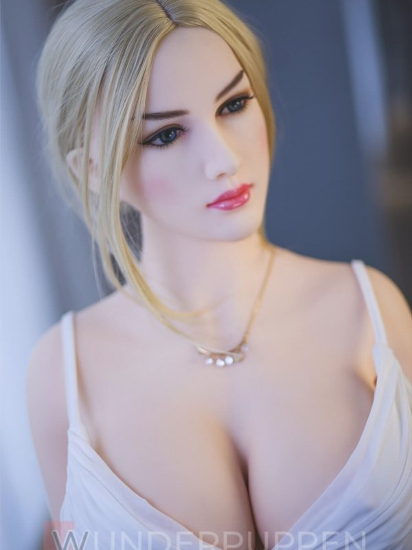 Alessia Real Doll Sexpuppe 2